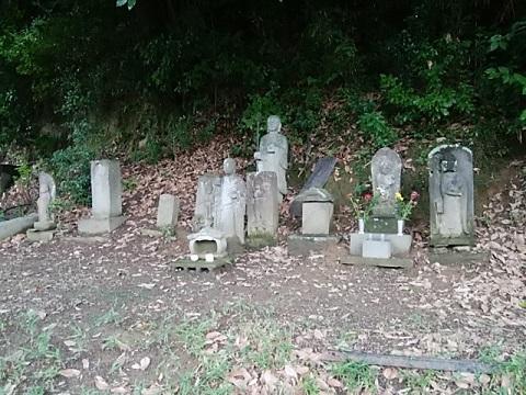 村境の石仏群