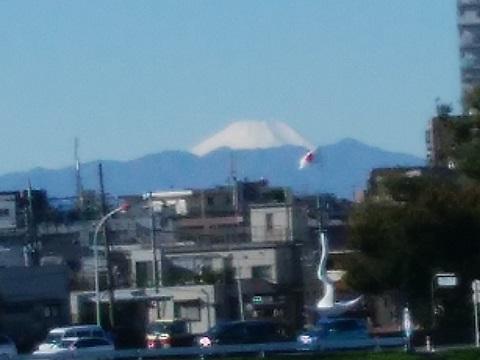 多摩川二子橋富士山