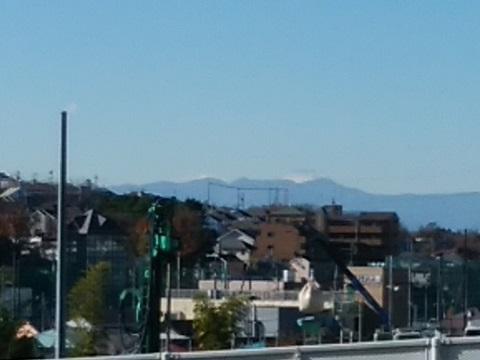 浄水場通りの坂富士山