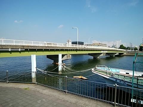 臨港鶴見川橋