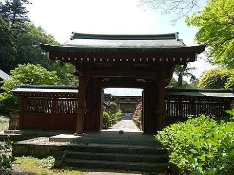 泉谷寺山門