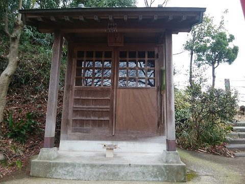 白山・稲荷神社