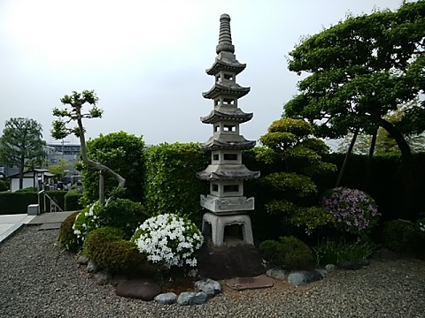 寶袋寺ミニ五重の塔