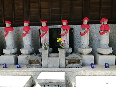 弘聖寺六地蔵