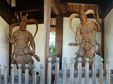 西明寺仁王像