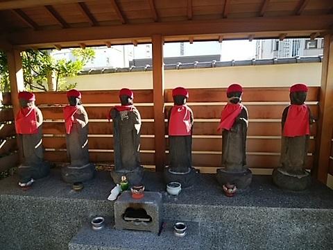 静翁寺六地蔵