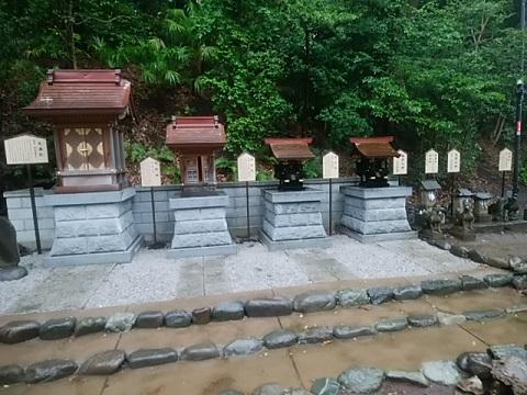 師岡熊野神社境内社