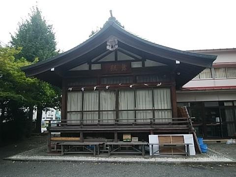東神奈川熊野神社舞殿