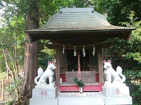 馬絹神社稲荷社