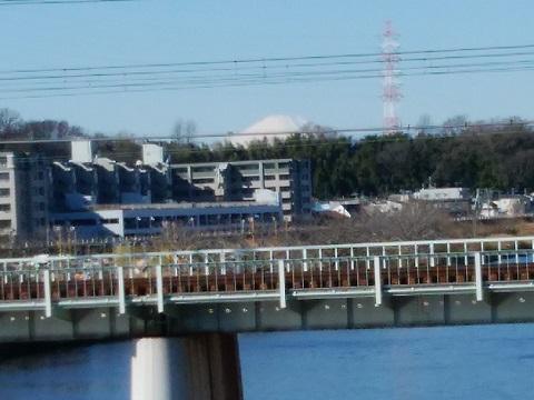 鶴見川大綱橋富士山