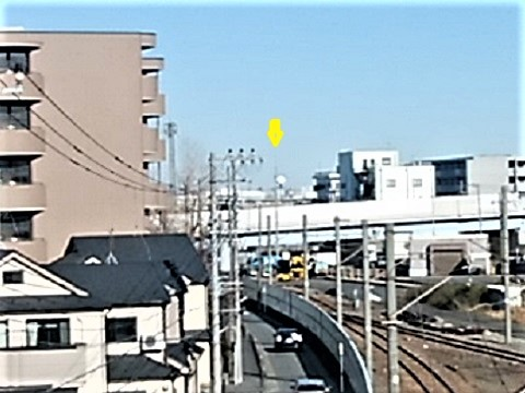 小島新田駅の跨線橋