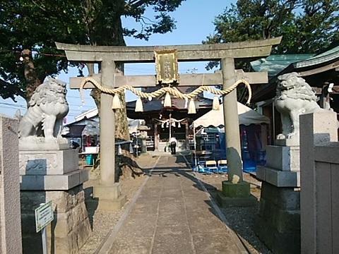 坂戸御嶽神社鳥居・狛犬