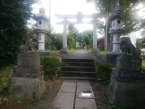 長沢諏訪社鳥居・狛犬