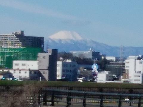 玉川3丁目土手富士山