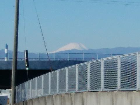 第三京浜新吉田跨道橋富士山