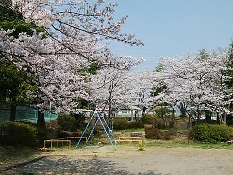 白鳥東公園