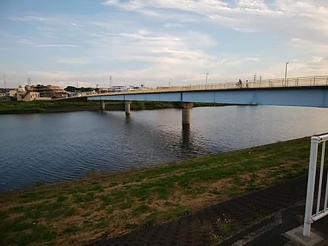 鷹野人道橋