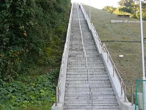 生田配水池階段