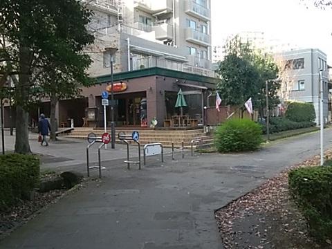 仲町台駅付近緑道