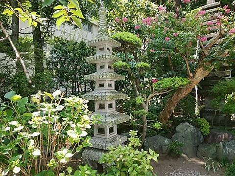 成願寺ミニ五重塔