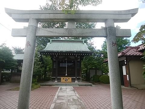 武蔵御嶽神社鳥居