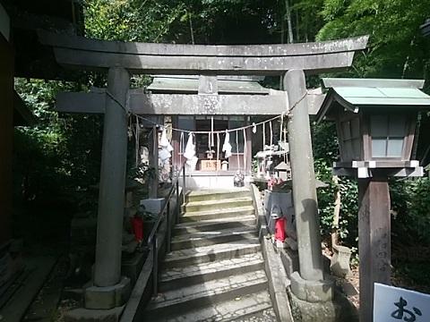 新羽杉山神社稲荷神社