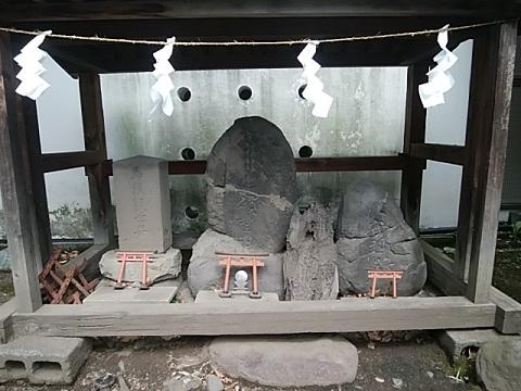 東神奈川熊野神社稲荷社
