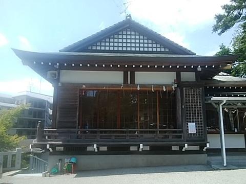 王子神社舞殿