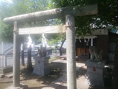 下長津田神社鳥居・狛犬