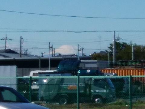 東山田スポーツ会館前富士山