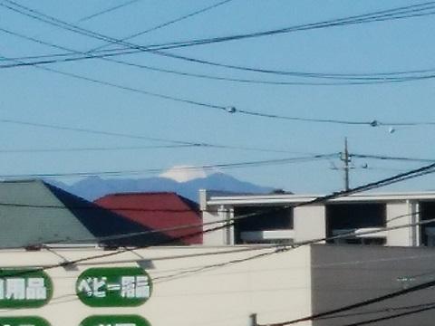 尻手黒川線餅井坂公園付近の陸橋富士山