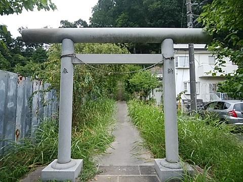 獅子ヶ谷神明社鳥居